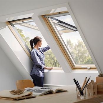 Finestre e porte finiestre zanzariere porte blindate for Finestre velux per tetti