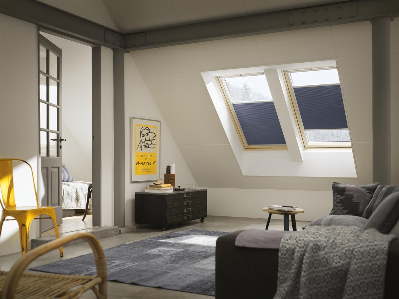 Lucernaio finestre per tetti velux serrande avvolgibili for Finestre velux torino